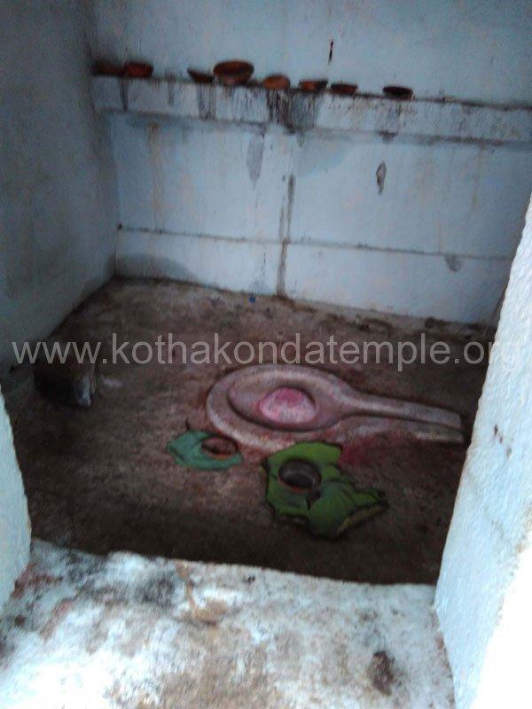 KothakondaTemple-Hill-Area-lingam